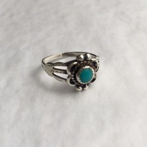 Small Sterling Silver Turquoise Flower Ring sz 4.5